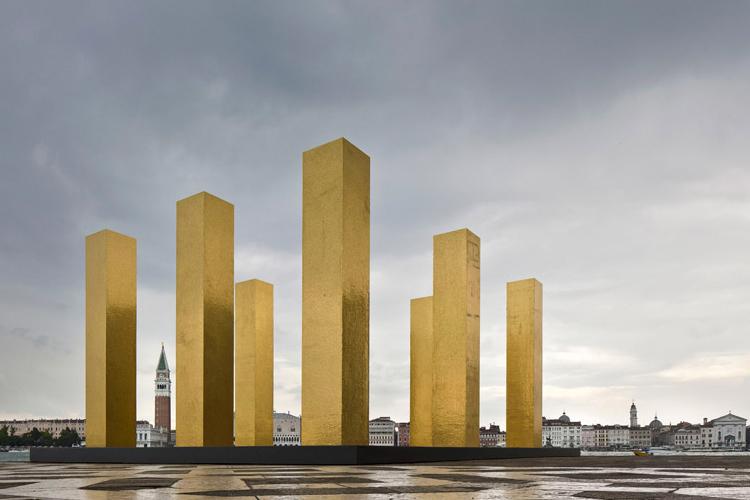 Heinz Mack- Installation.jpg