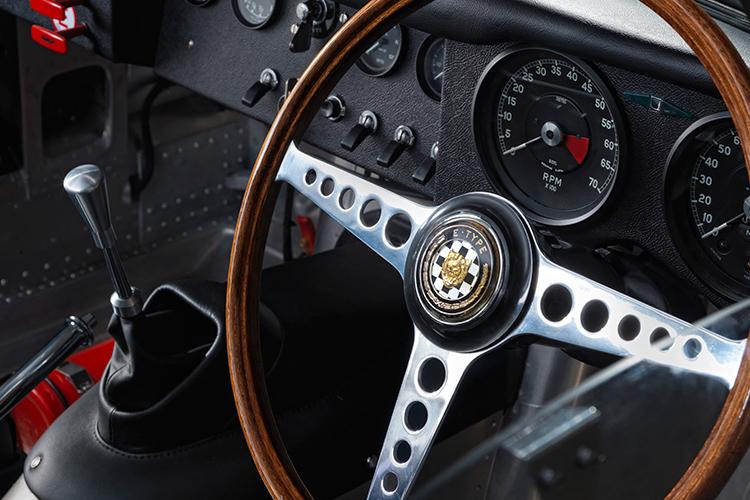 Jaguar E-Type 4.jpg
