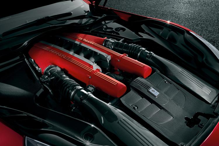Ferrari- F12berlinetta 3.jpg