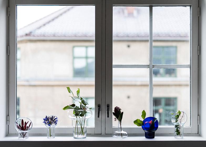 Liv-vases-by-Kristine-Five-Melvaer-for-Magnor-Glassverk_dezeen_784_7.jpg