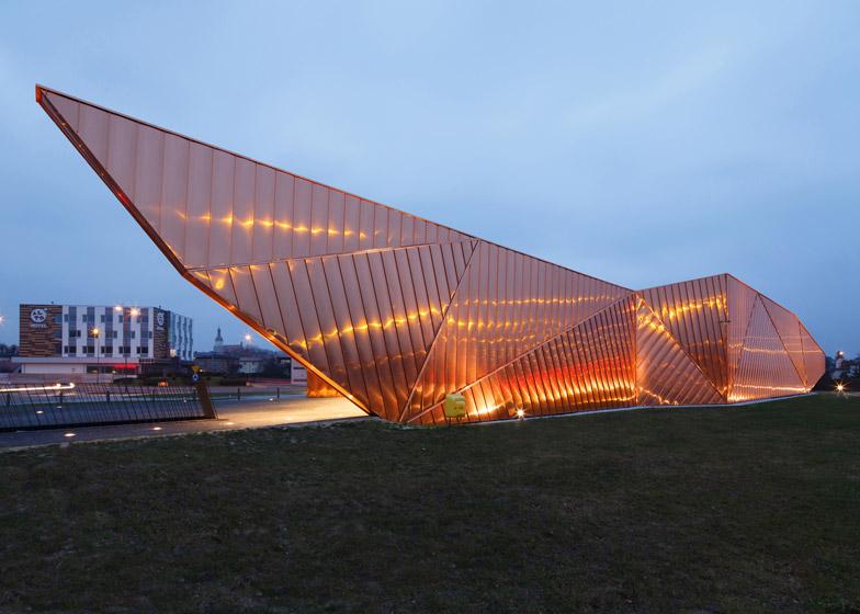 Museum-of-Fire-in-Zory-by-OVO-Grabczewscy-Architekci_dezeen_784_5.jpg