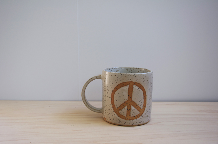 peacemug1.jpg