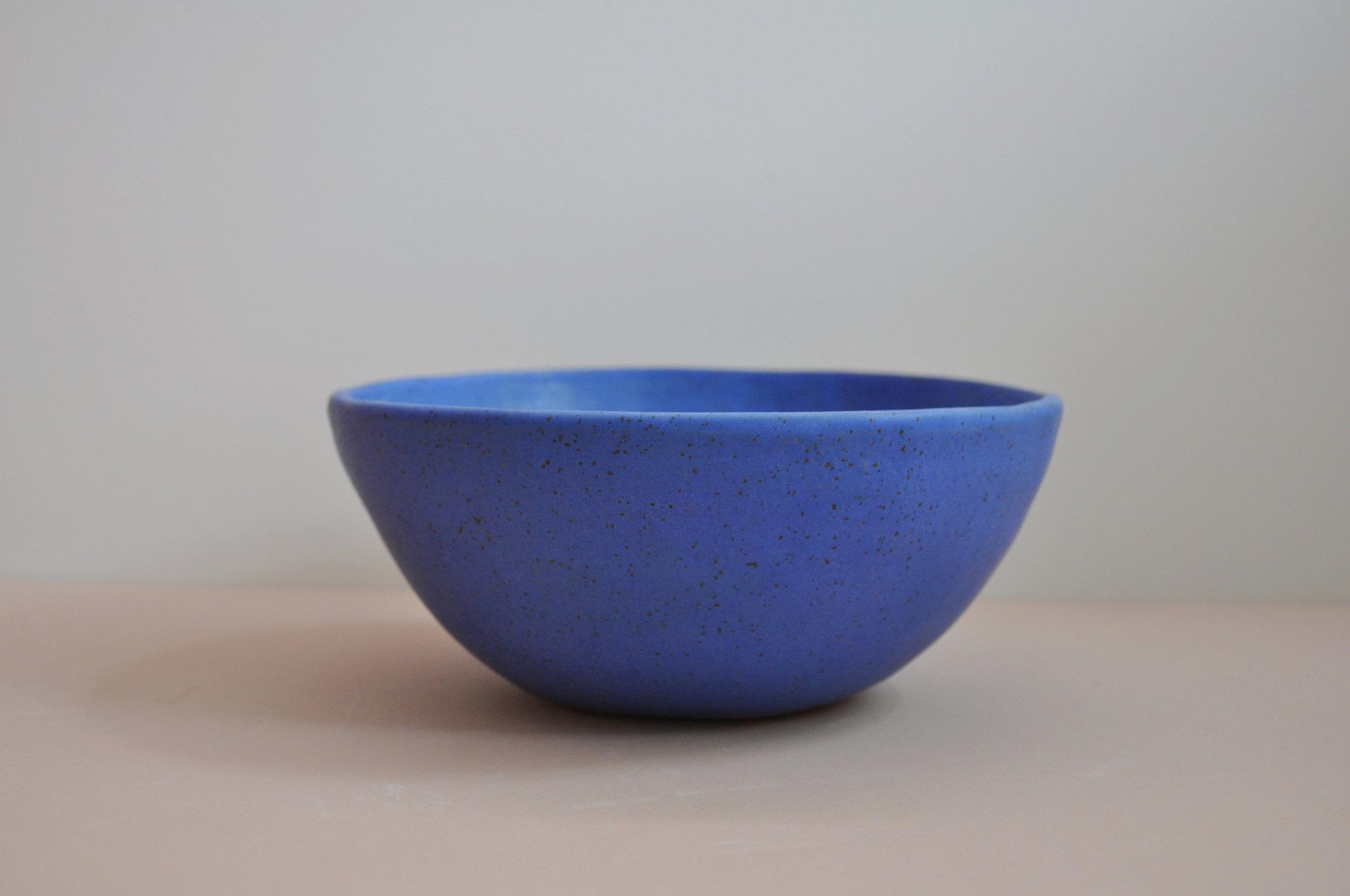 bluebowl1.JPG