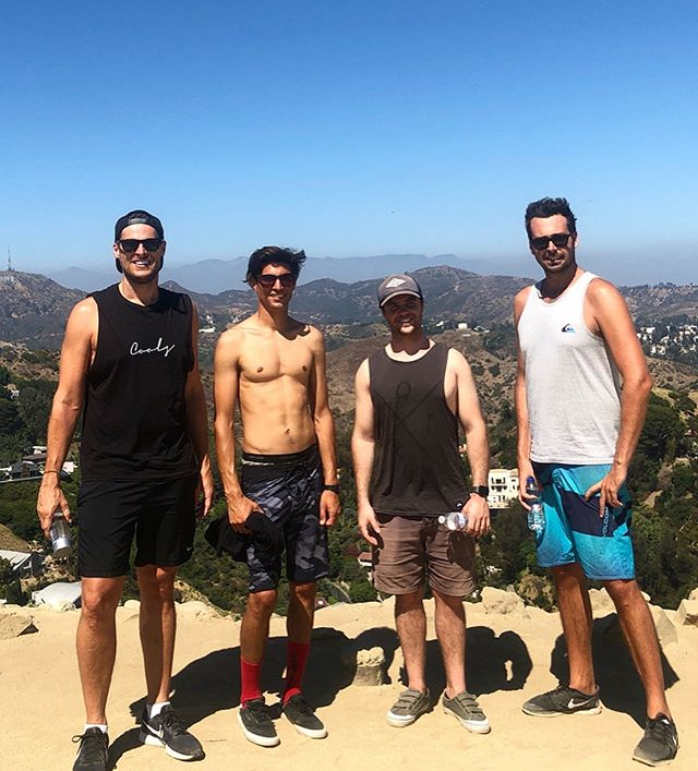 We made it!! Runyon Canyon LA⛰ with only one fall!! But it was spectacular @blakedubler