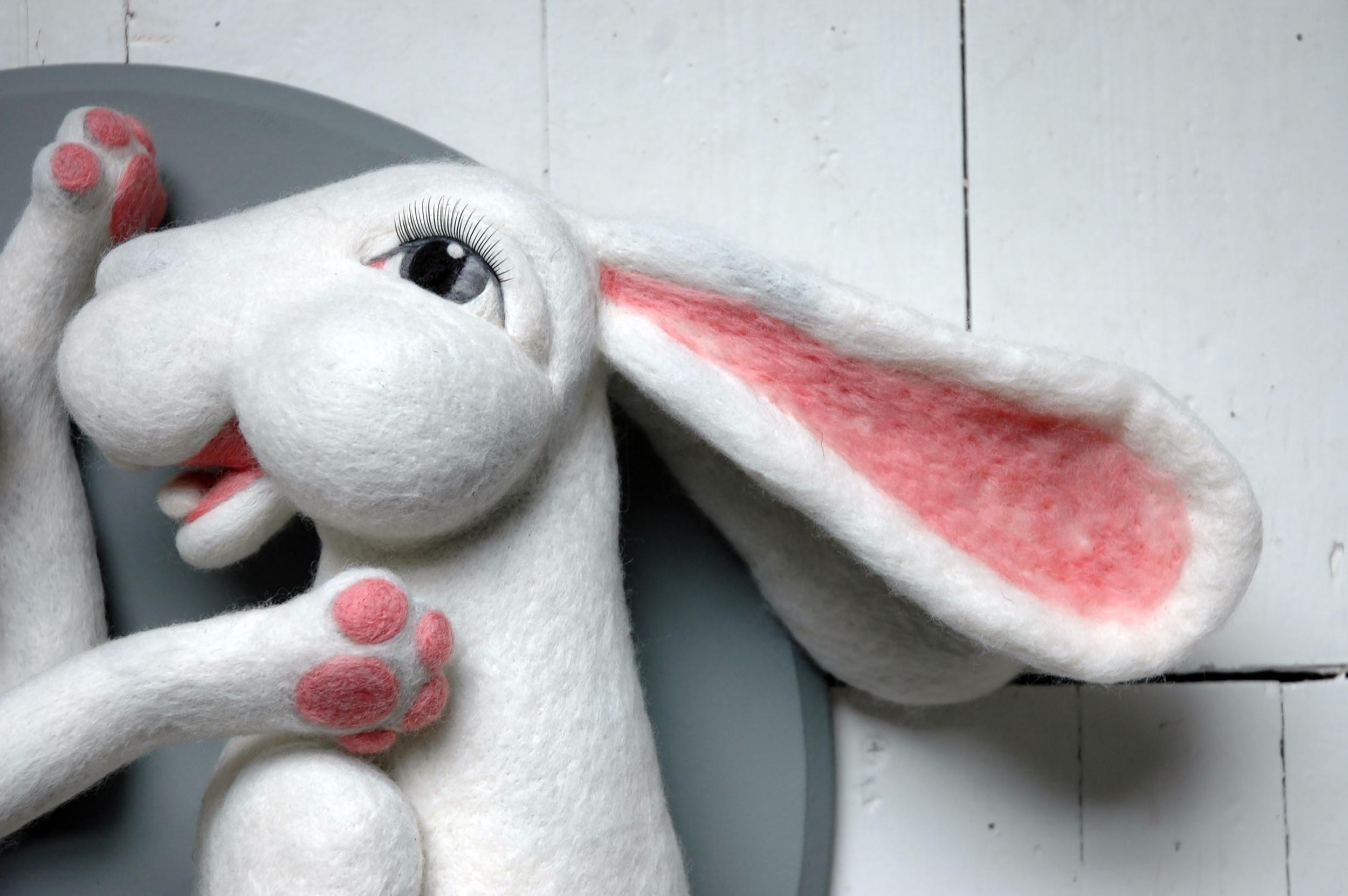 boxing hares detail2.JPG
