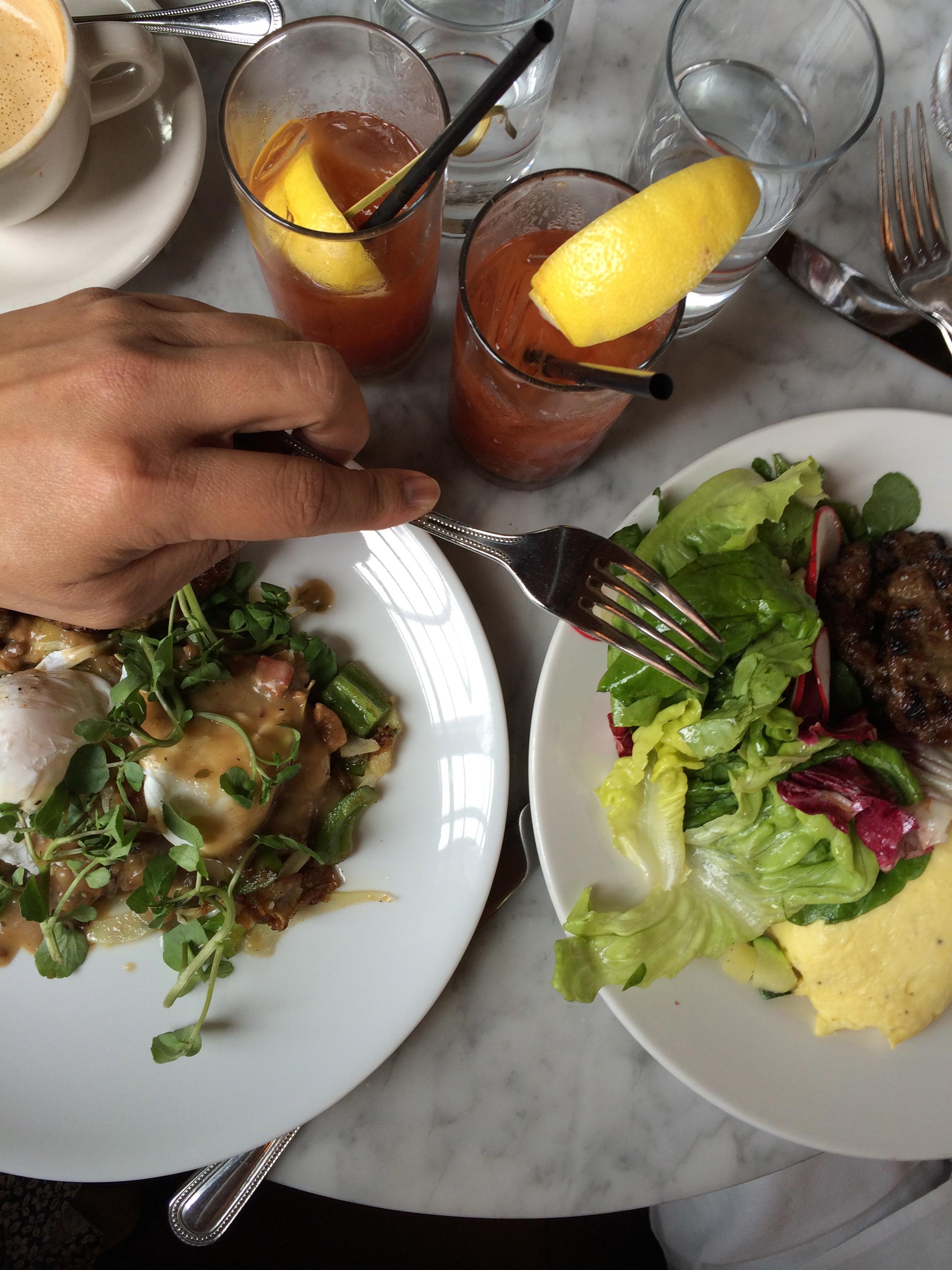 Oh did I mention I love food?  Mange Tout...