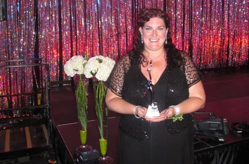 Amanda with her award