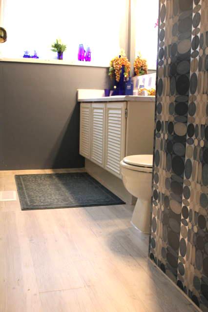 ecolay-white-truffle-babis-bathroom.jpg