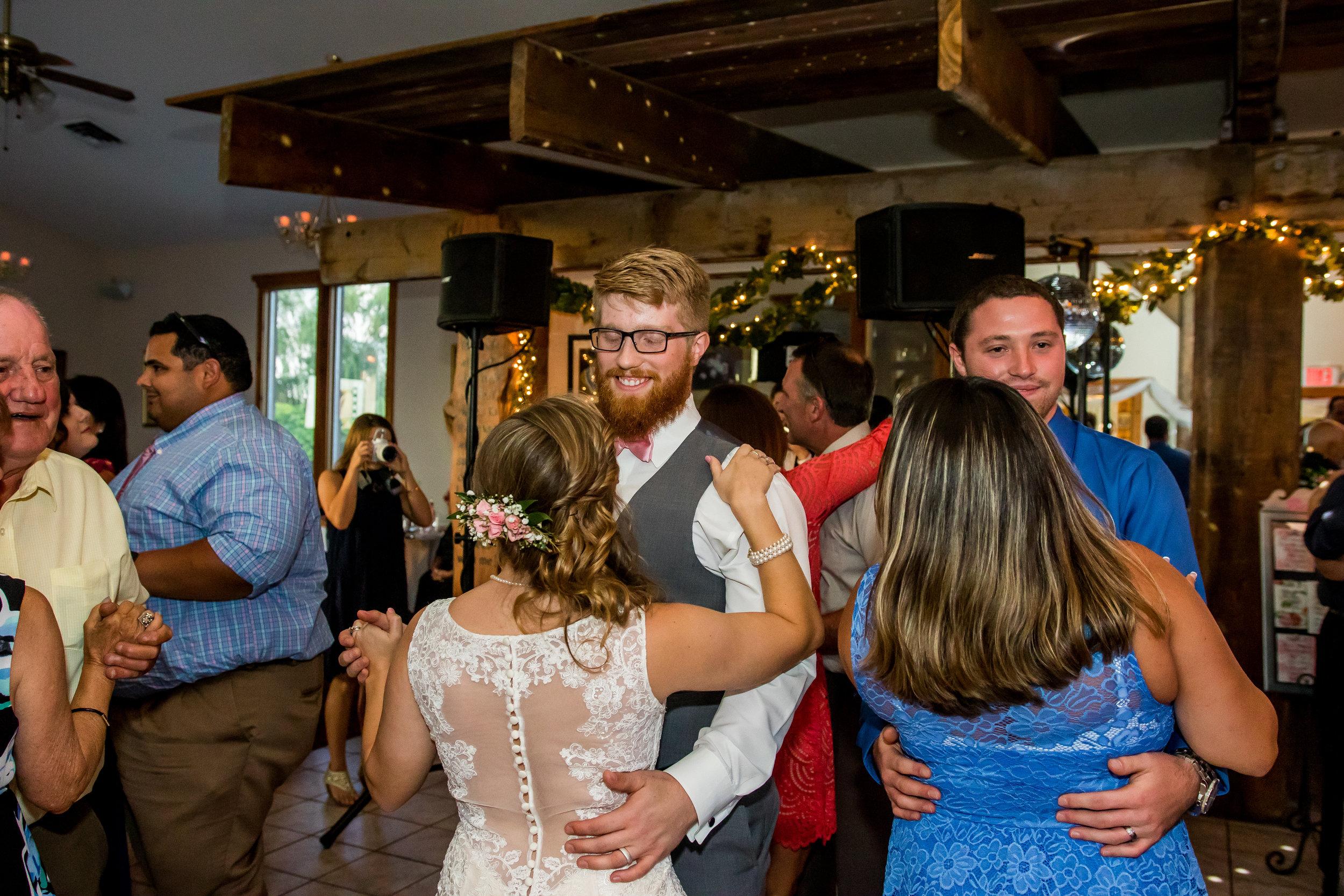 Wedding_Photography_Vinings-1117.jpg