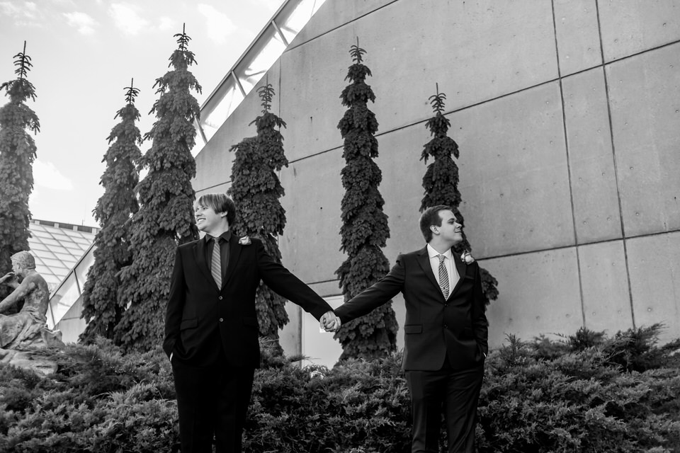 2986Fort Wayne-Wedding-Botanical Garden-LGBTQ.JPG