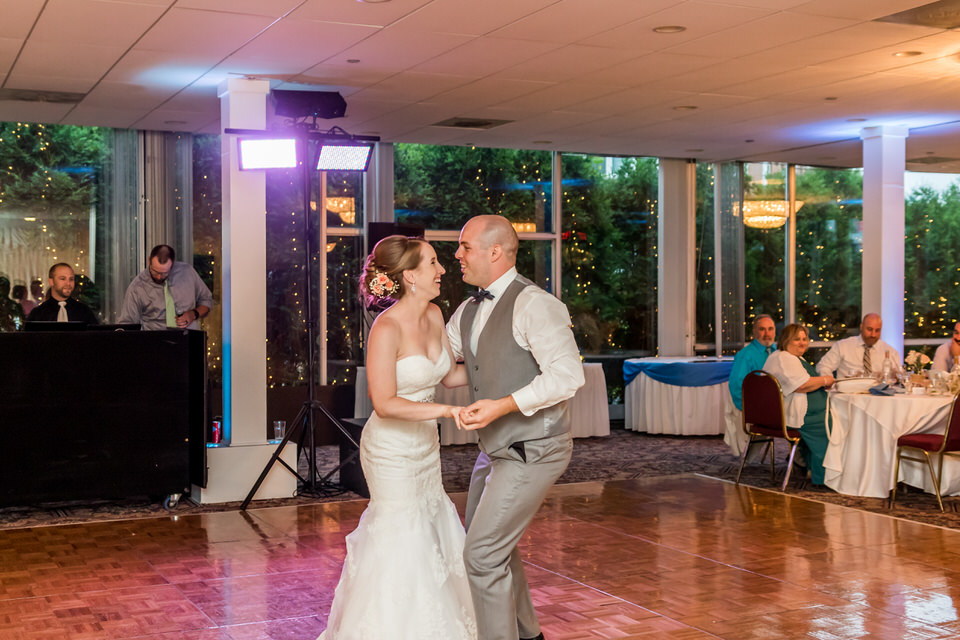 6823Old-Orchard-Country-Club-Wedding-Mount Prospect.JPG