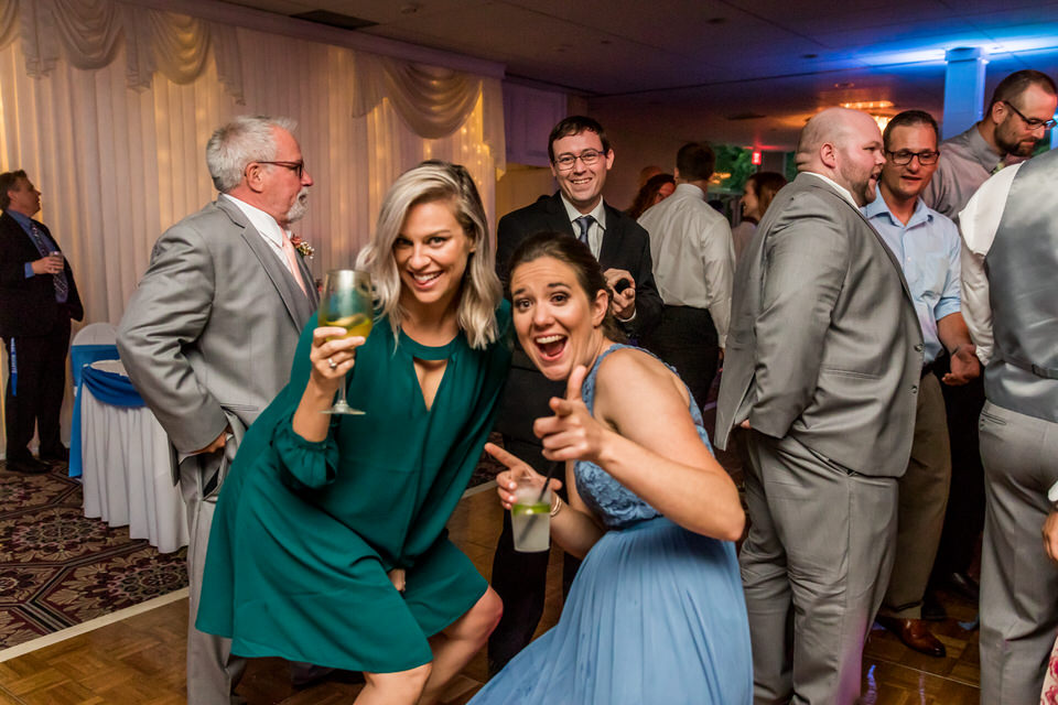 7009Old-Orchard-Country-Club-Wedding-Mount Prospect.JPG