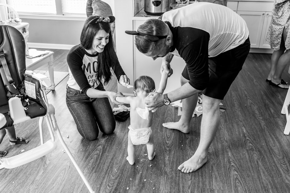 Documentary_Family_Photographer_in_Fishers_Indiana_C_First_Birthday_583.JPG