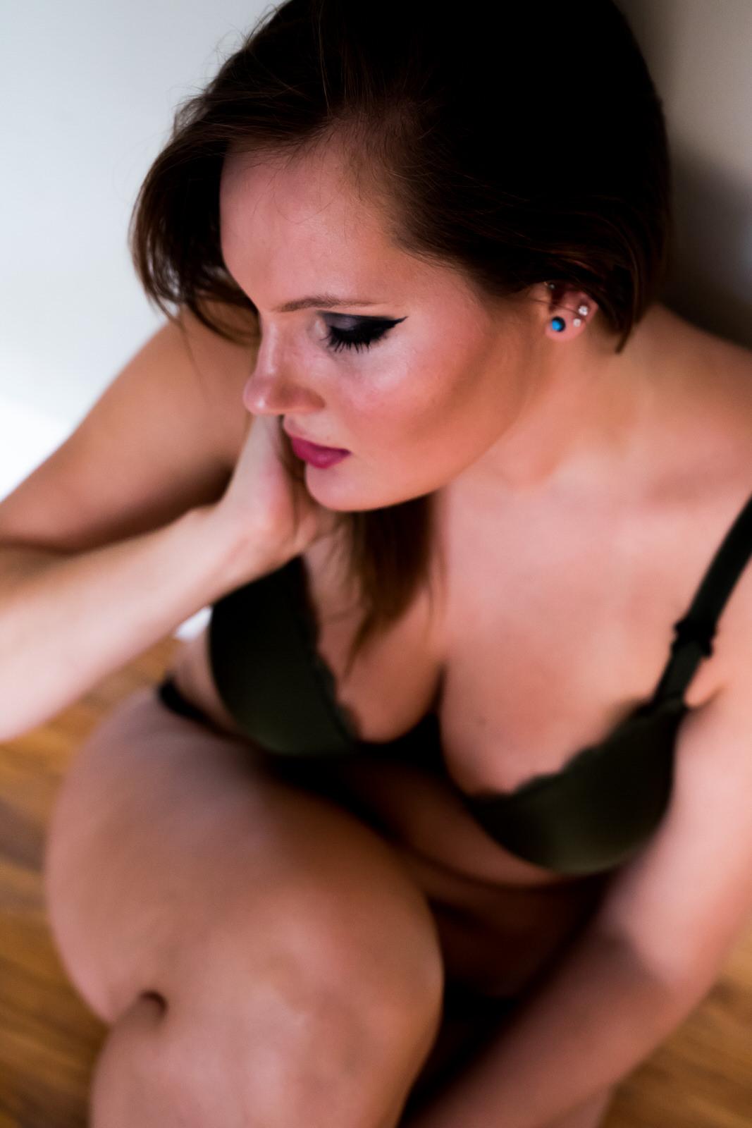 In-home-boudoir-photographer-5352.JPG