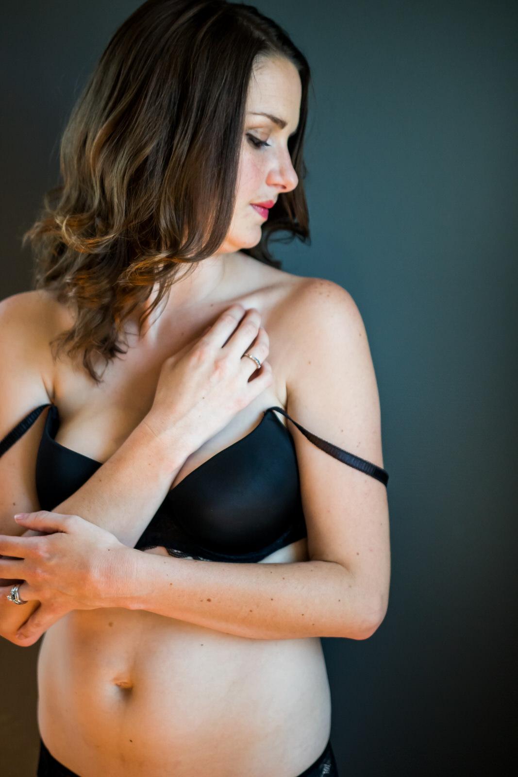 In-home-boudoir-photographer-6830.JPG