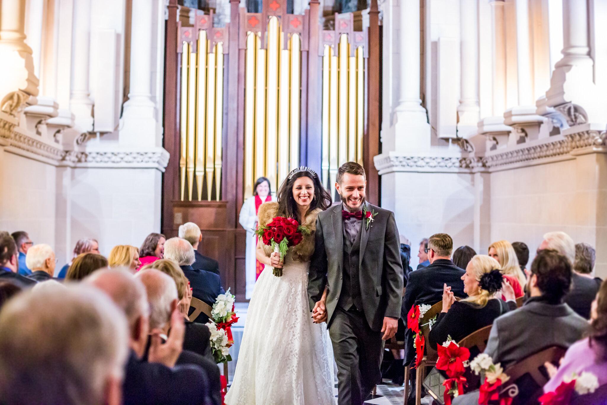 Crown-Hill-Wedding-Photos-10.jpg