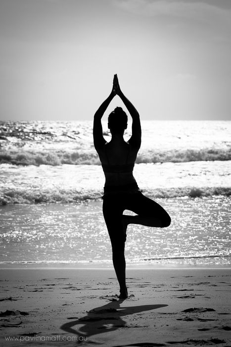 ab4876af64c713fde90411232d6956bb--beach-portraits-yoga-portraits.jpg