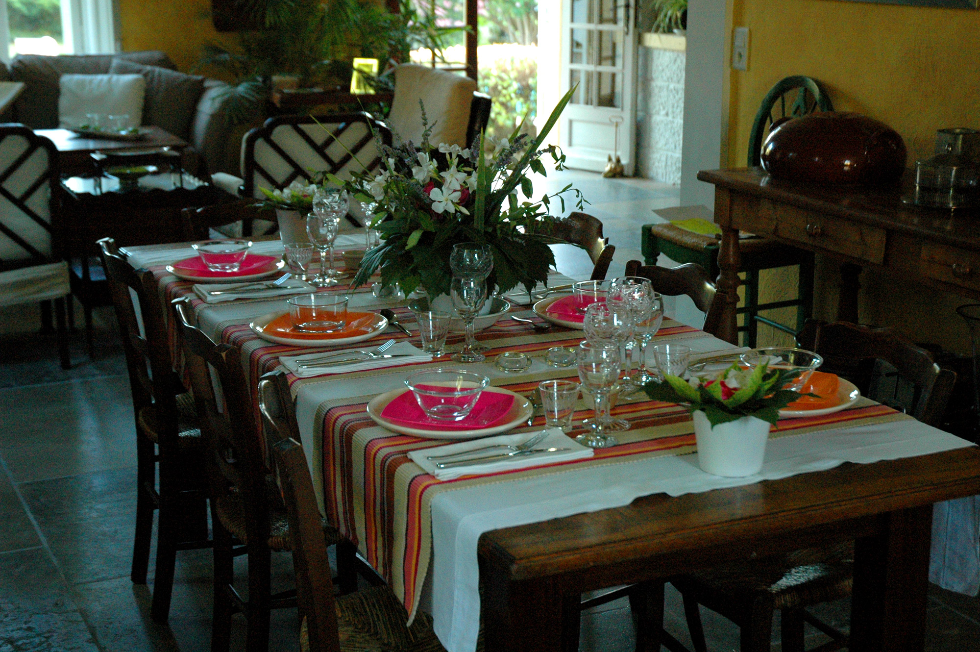 15-La-Table-Interieur.jpg