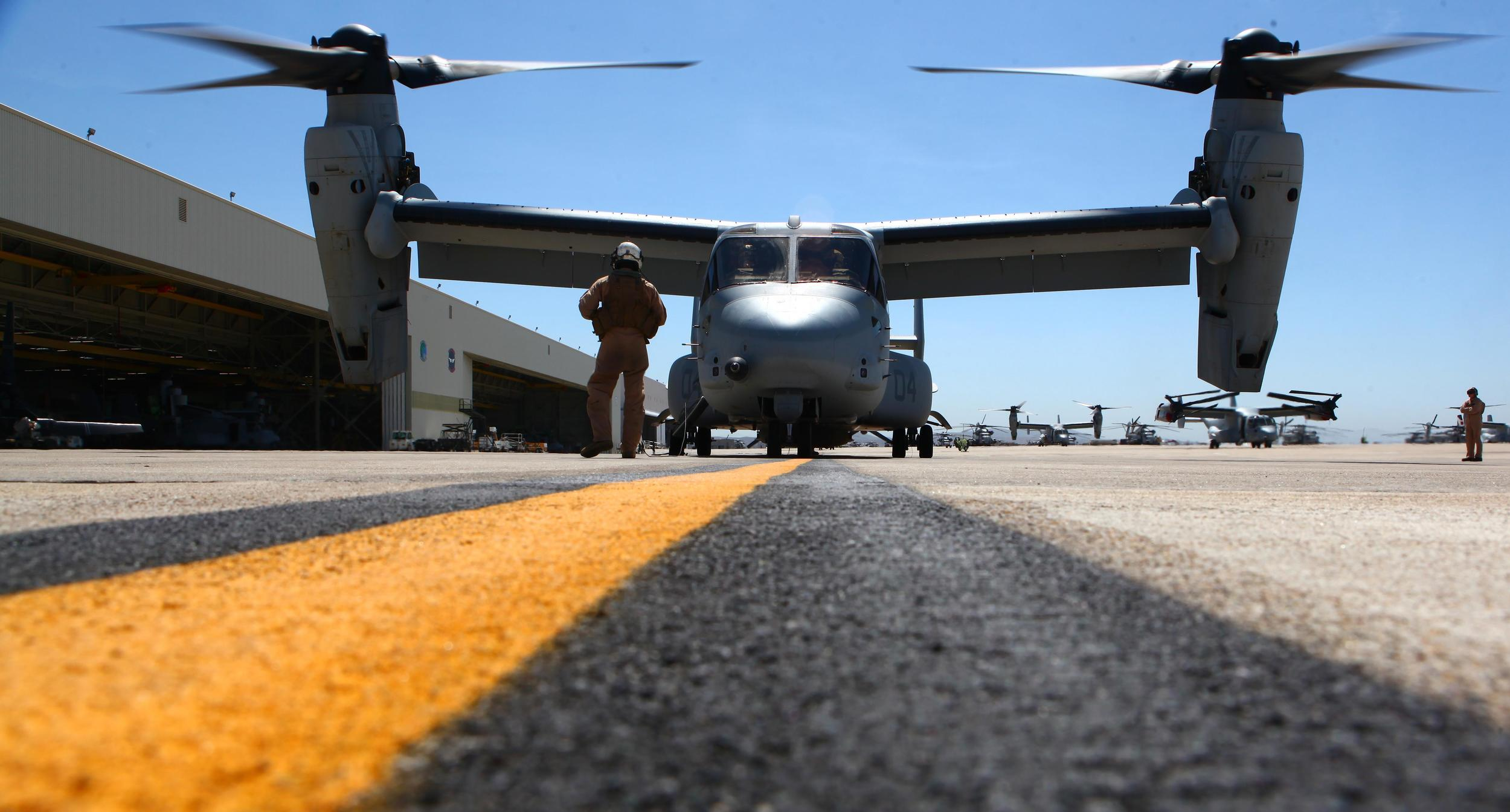 Marines Helicopter Yellow Line.JPG