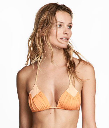 H&M's affordable bikinis are worth checking out every year. I had to snag this one and considered getting the other colors  Triangle Bikini Top / H&M / $5