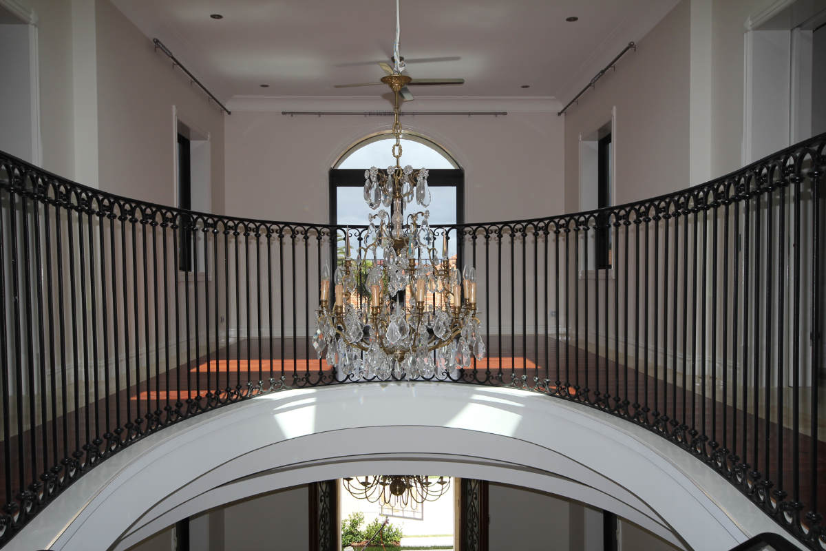 Stairs & Balustrading 1st Floor - 2.JPG