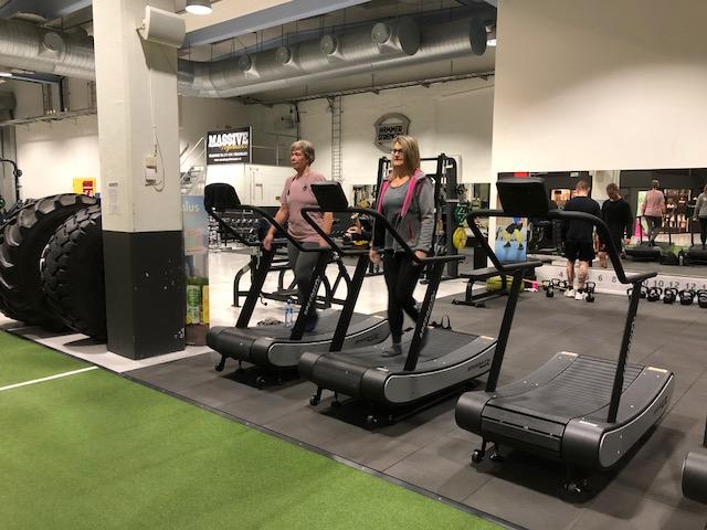 "Konditionsmaskiner   4st Speedfit-löpband 2st klassiska löpband 1st ""deadmill"" 1st MyMountain (lutande löpband, till 50%)  2st Cyklar  2st Indoor Walking  2st Concept Rodd"
