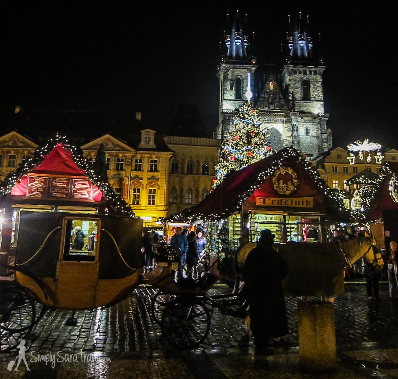 Old Town Square (Staroměstské náměstí) inPrague, Czech Republic