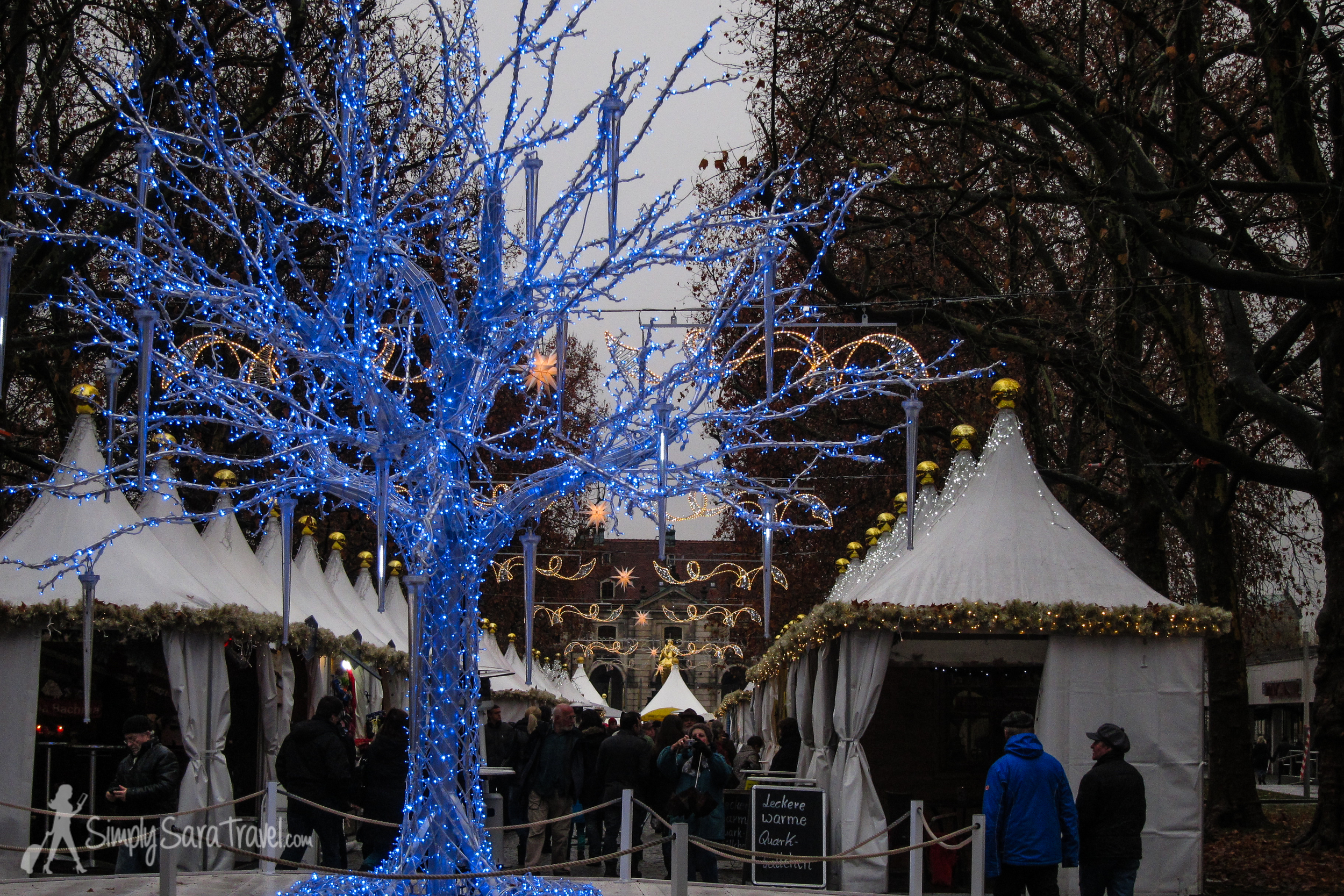 Another look at the international  Augustusmarkt  in Dresden