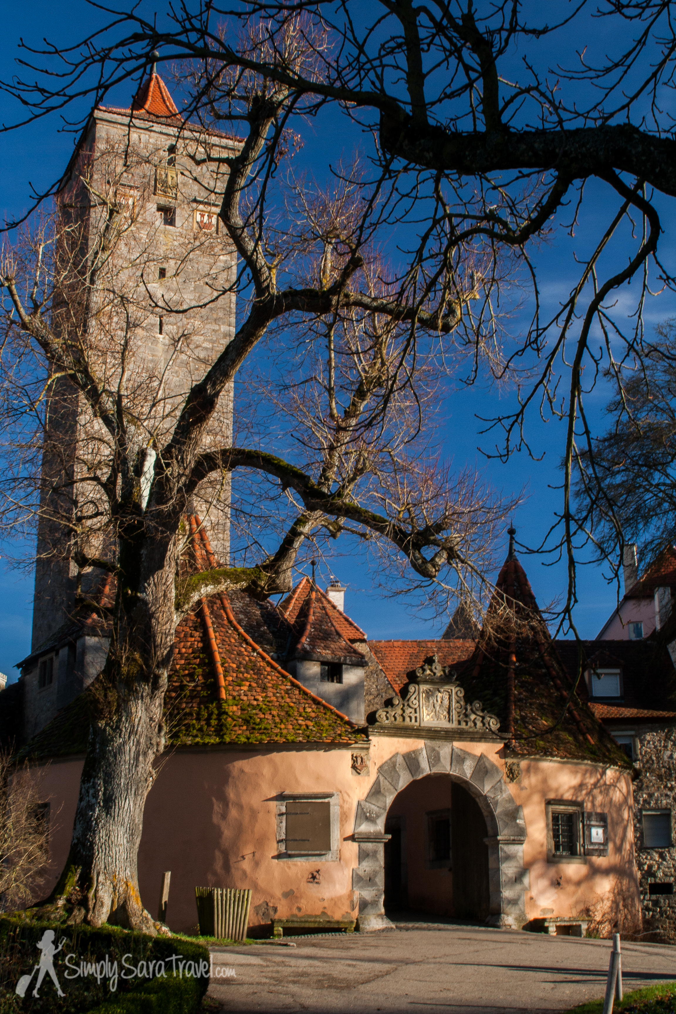 I fell in love with the medieval town of Rothenburgob der Tauber. (December 2013)