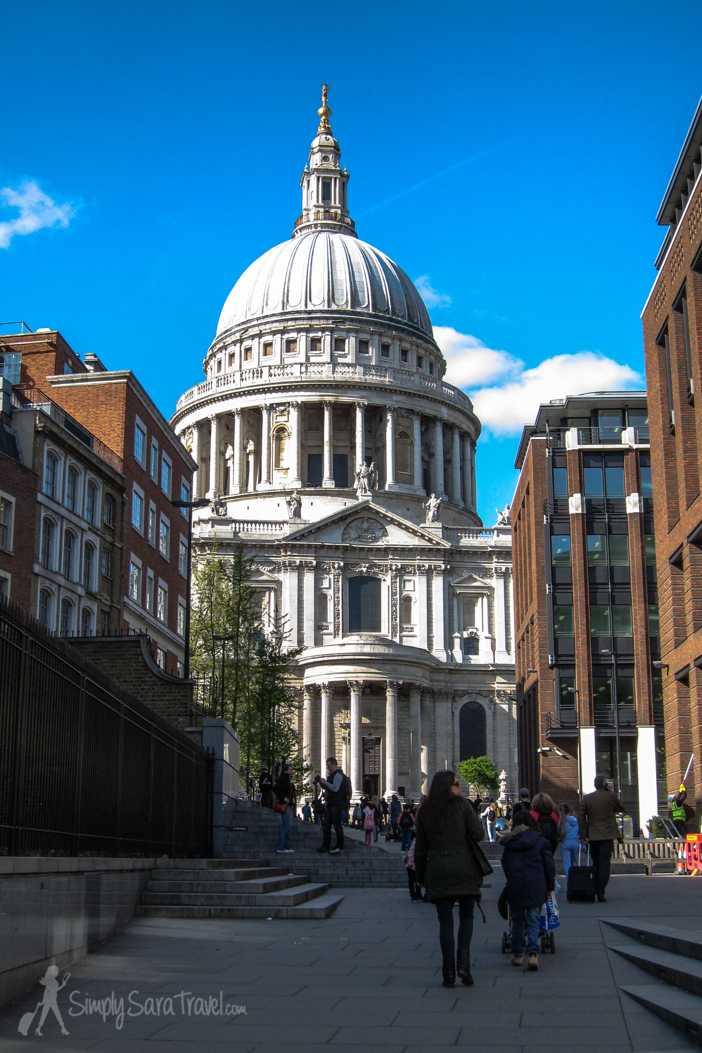 St. Paul's Cathedral  from the side
