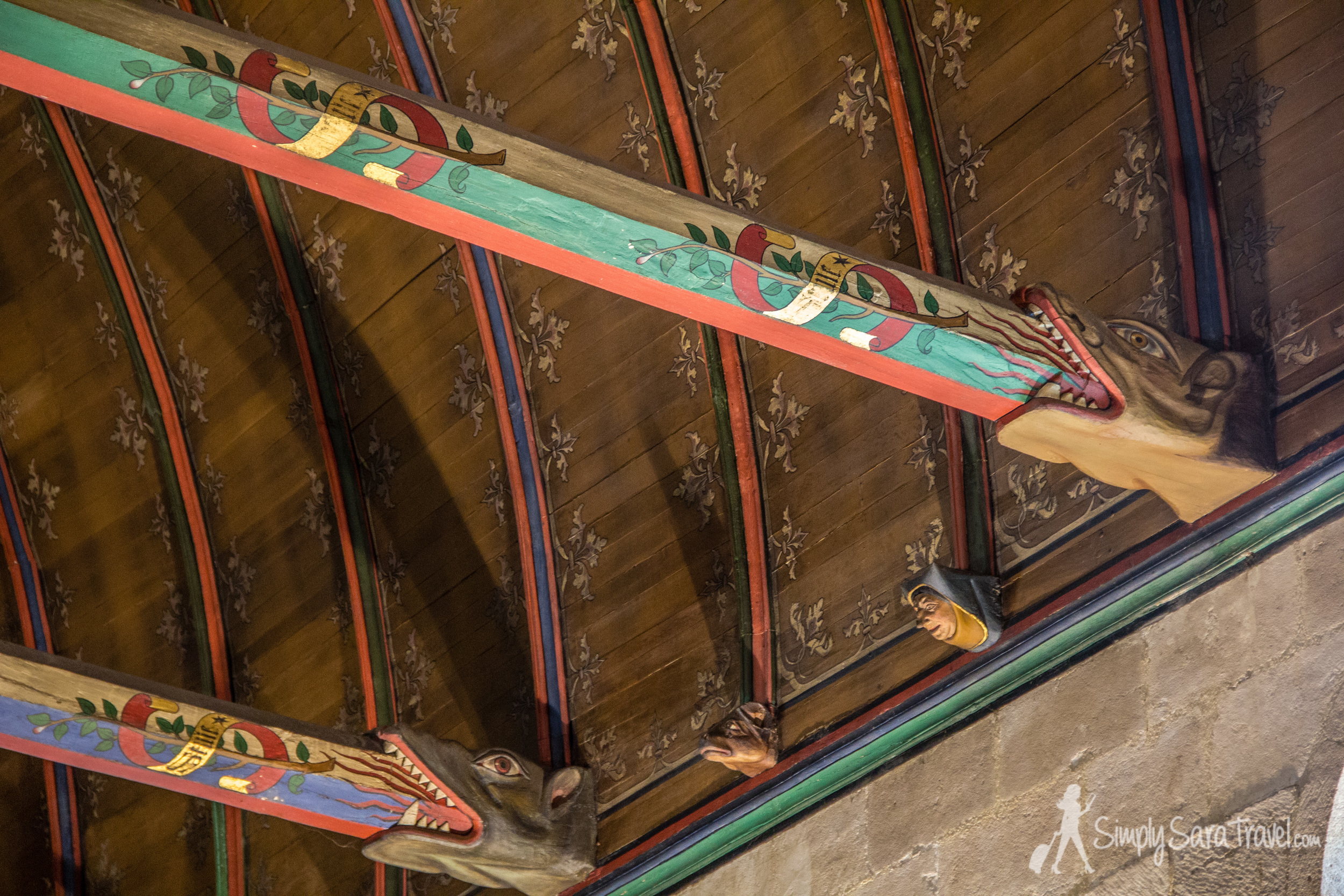 Interesting beams decorations in La Salle desPôvres (The Room of the Poor), the ward for the poorest patients
