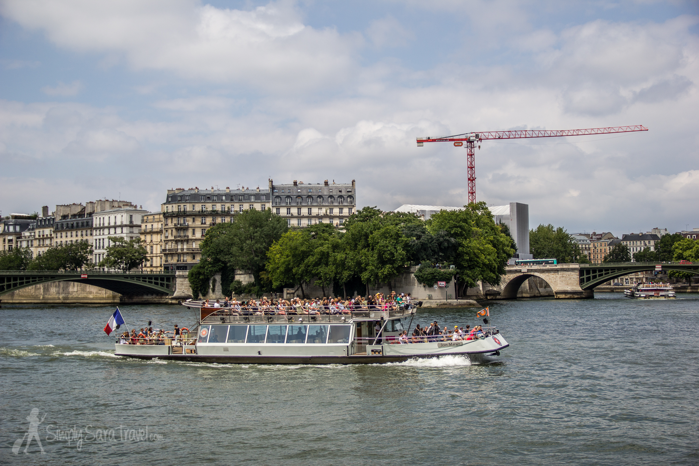 Boat on the Seine, seen from Jardin Tino-Rossi, Paris