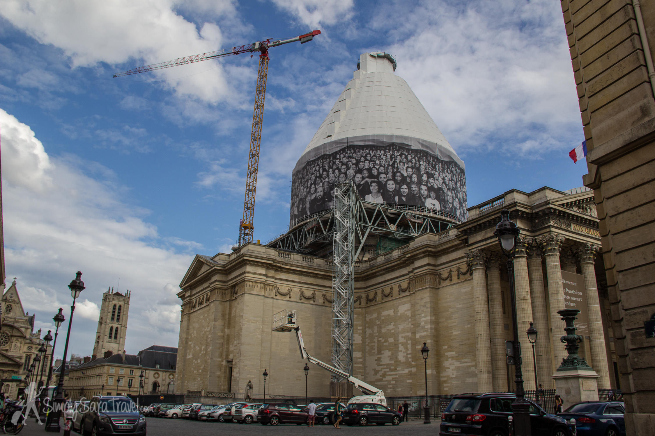 Construction at Paris Pantheon, side view