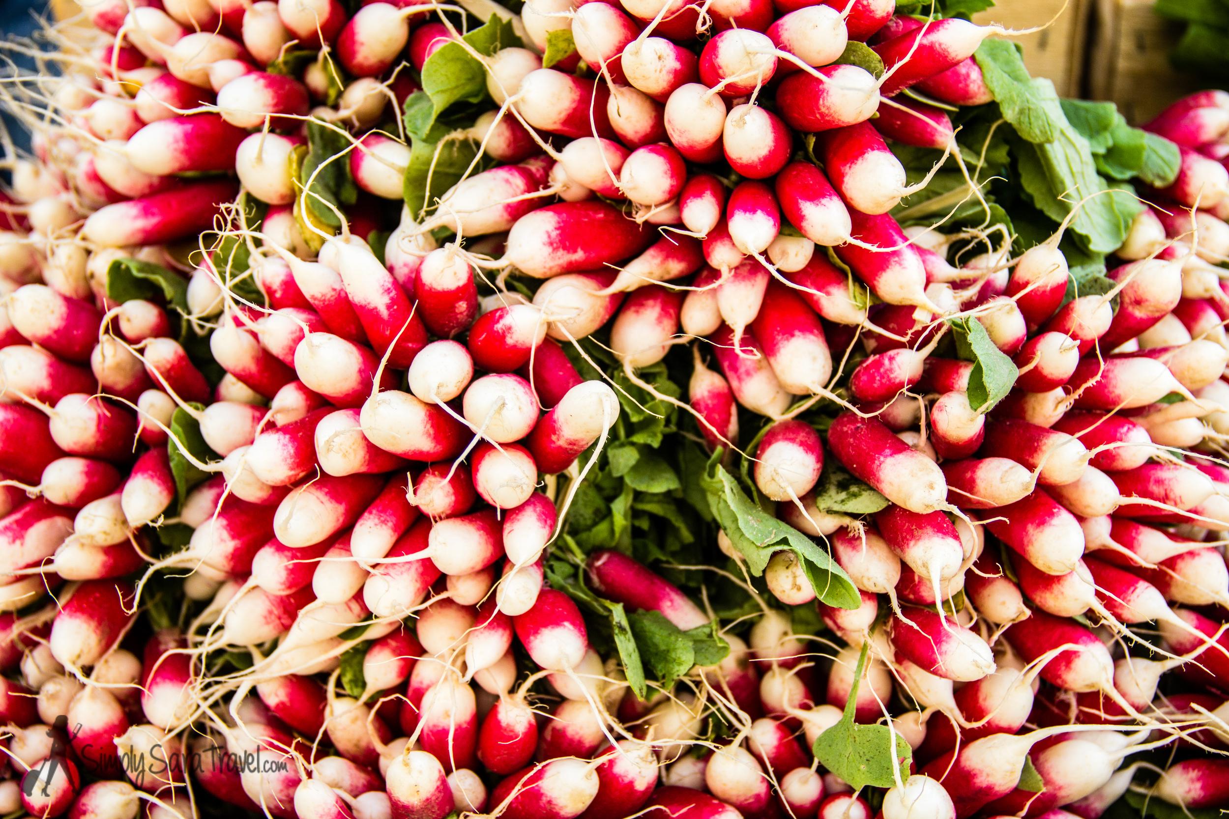 Radishes atMarché aux Légumes at PlaceBillard