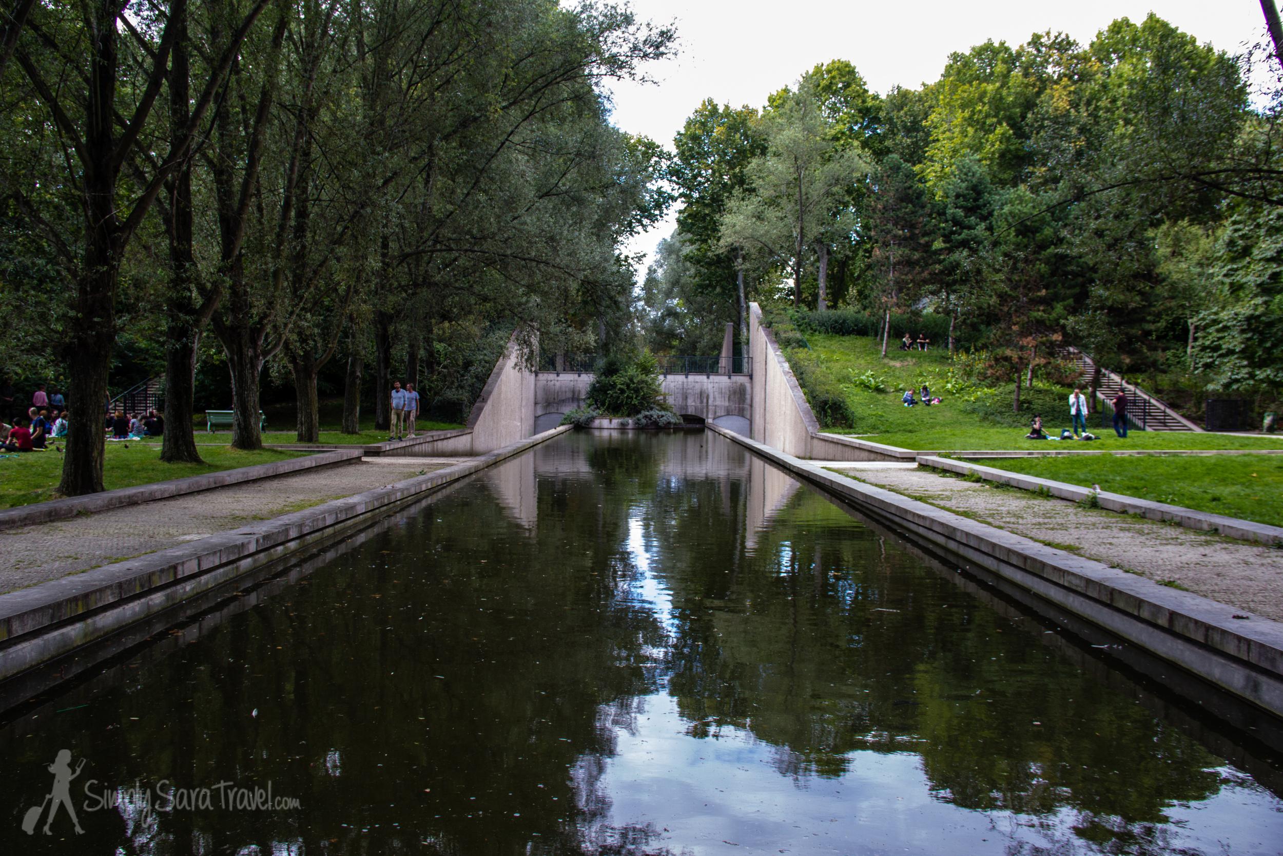 Waterway in Parc de Bercy
