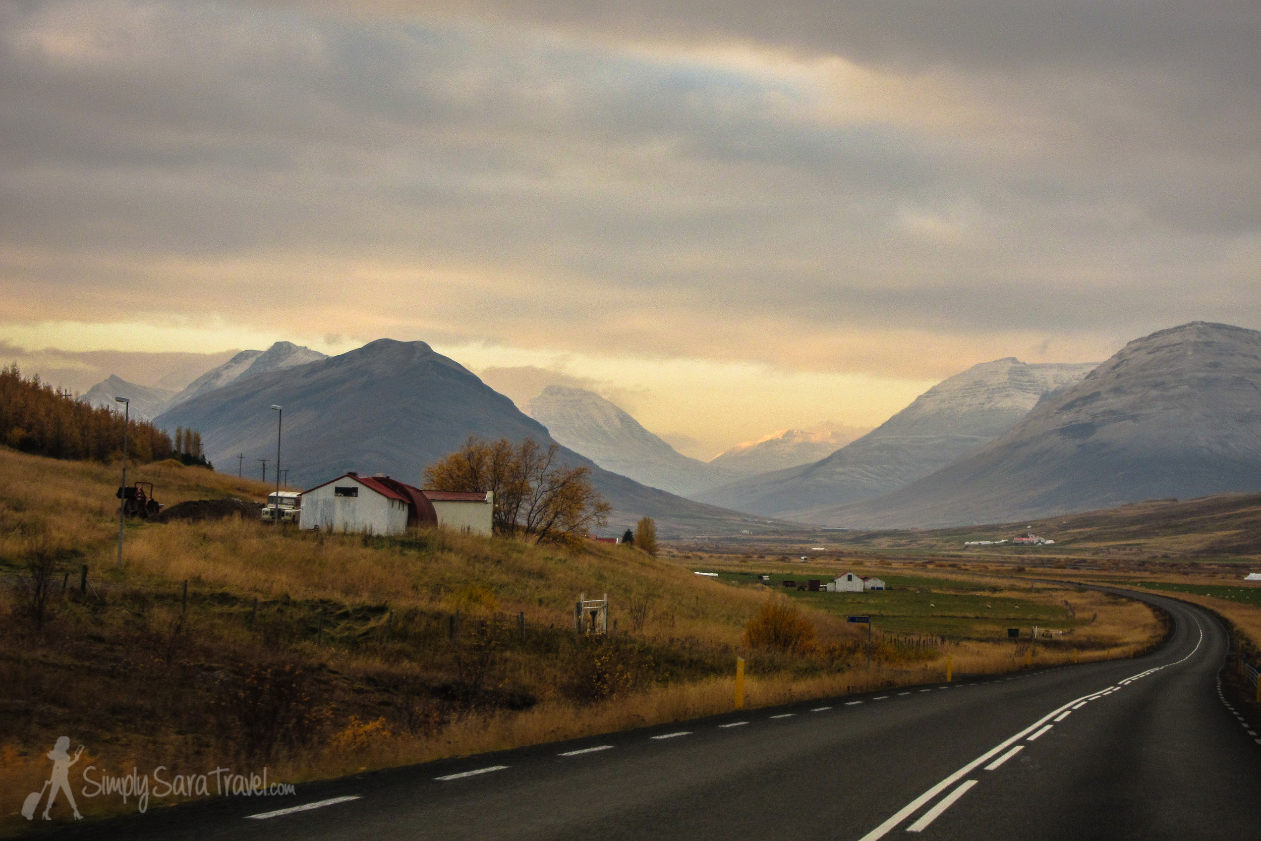 On our drive back the mountains were lit up so majestically on the ride west from Akureyri along the Ring Road.