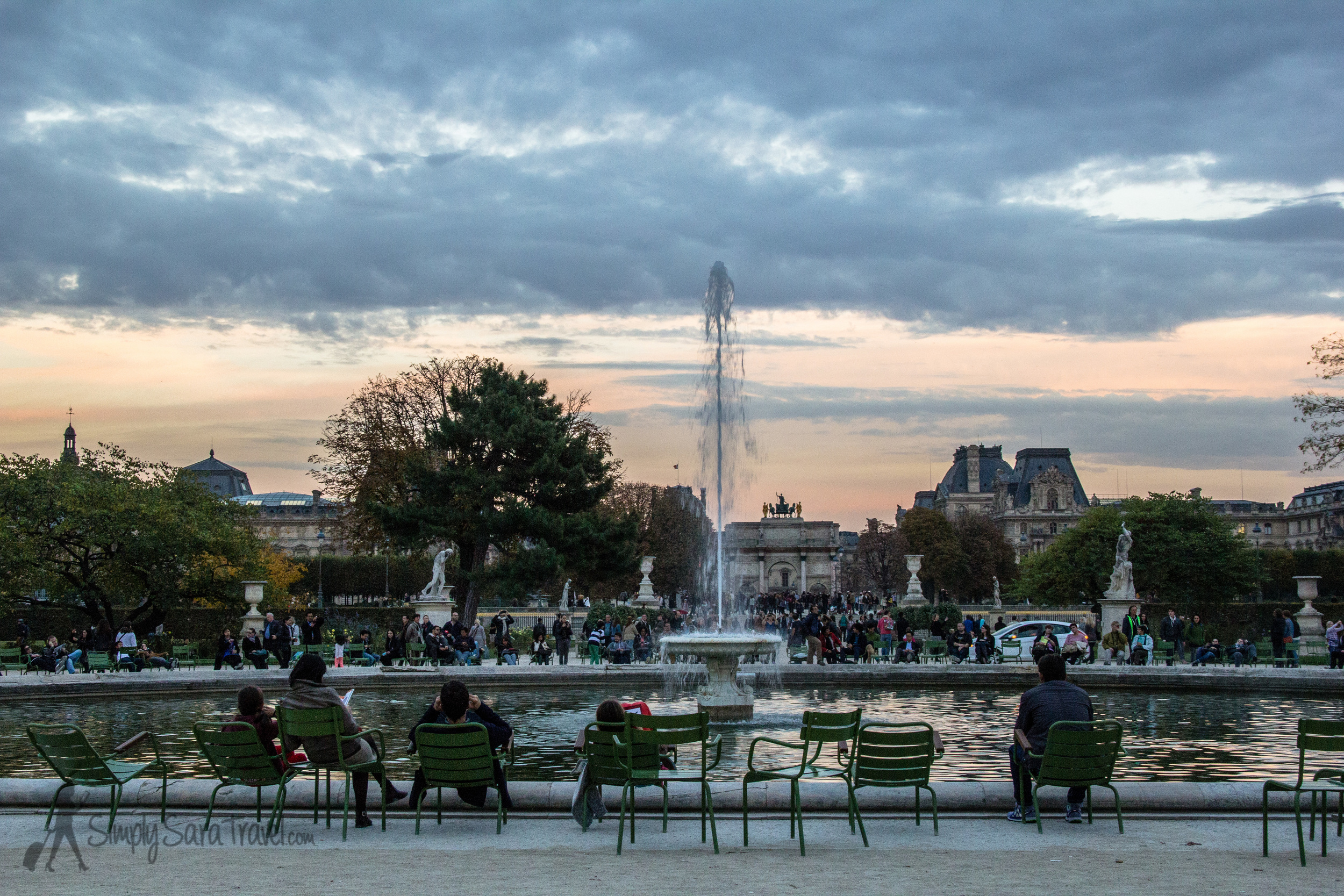 Sunset at Jardin des Tuileries looking towards the Louvre