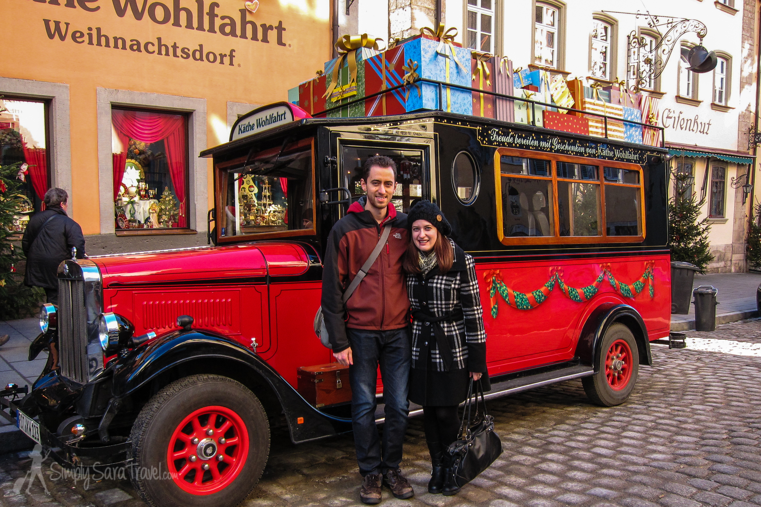 Bring your love along for a romantic weekend in December to Rothenburg ob der Tauber!