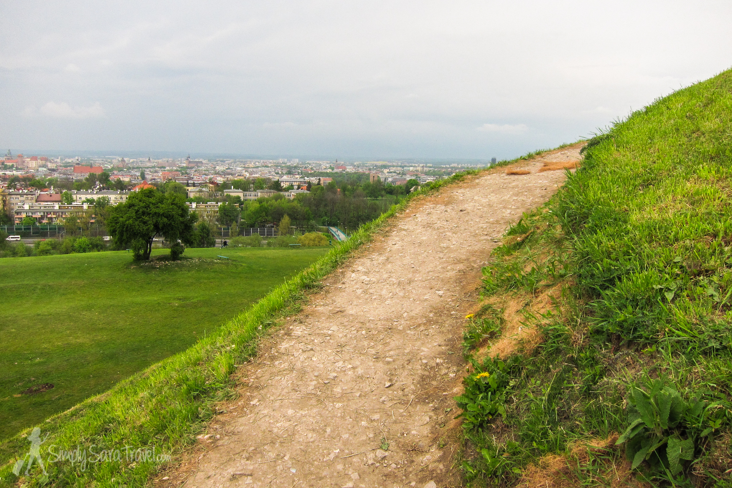 If you are someone who needs a break from a city to be refreshed by green space every now and then, consider a walk out to Krakow's Kopiec Krakusa.
