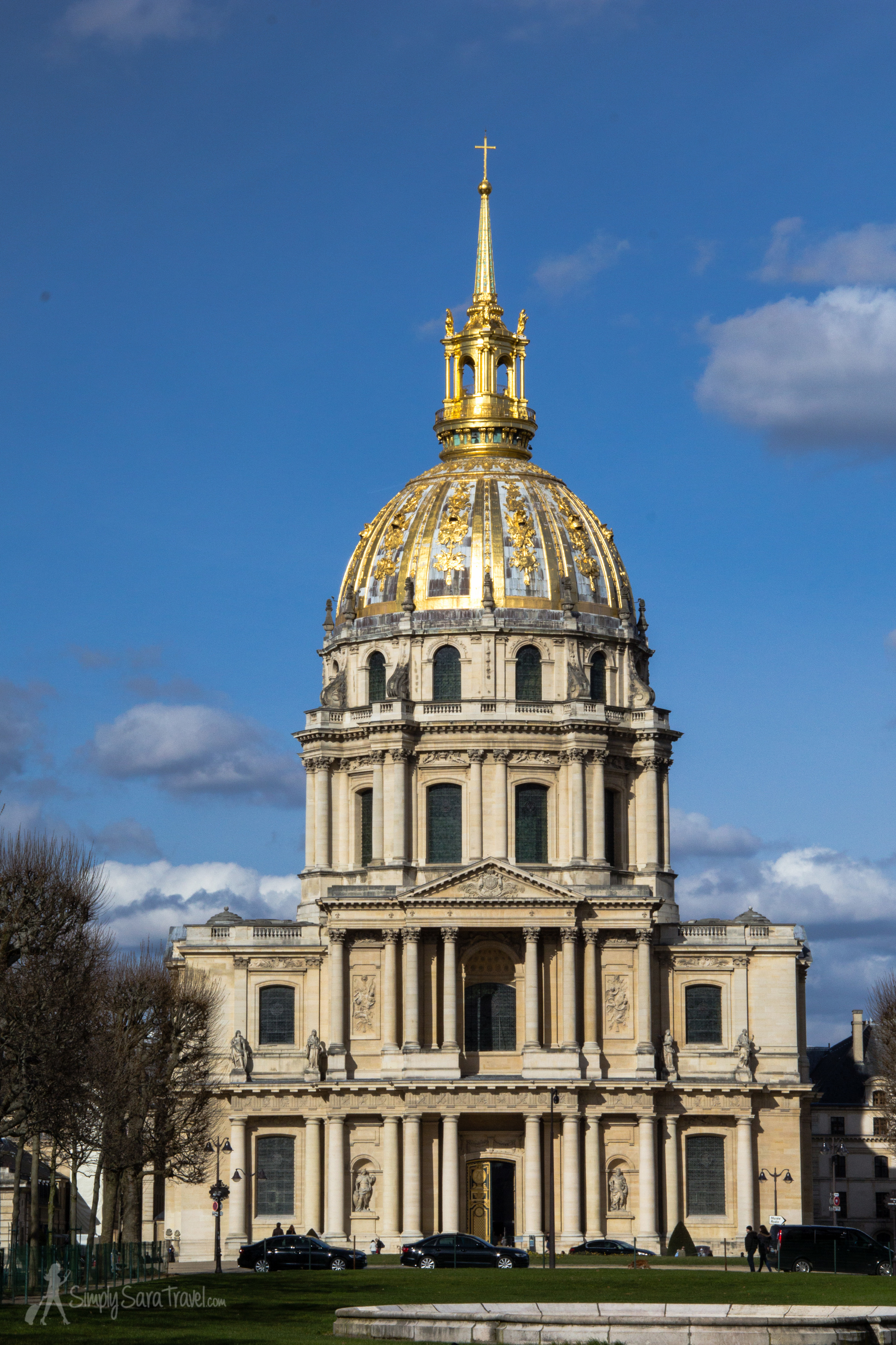 Passing by Invalides on a beautiful winter day