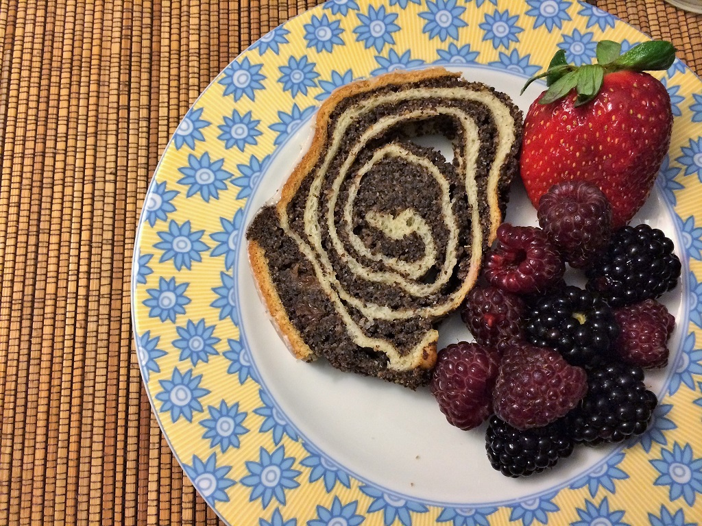 Poppy seed cake (makowiec)
