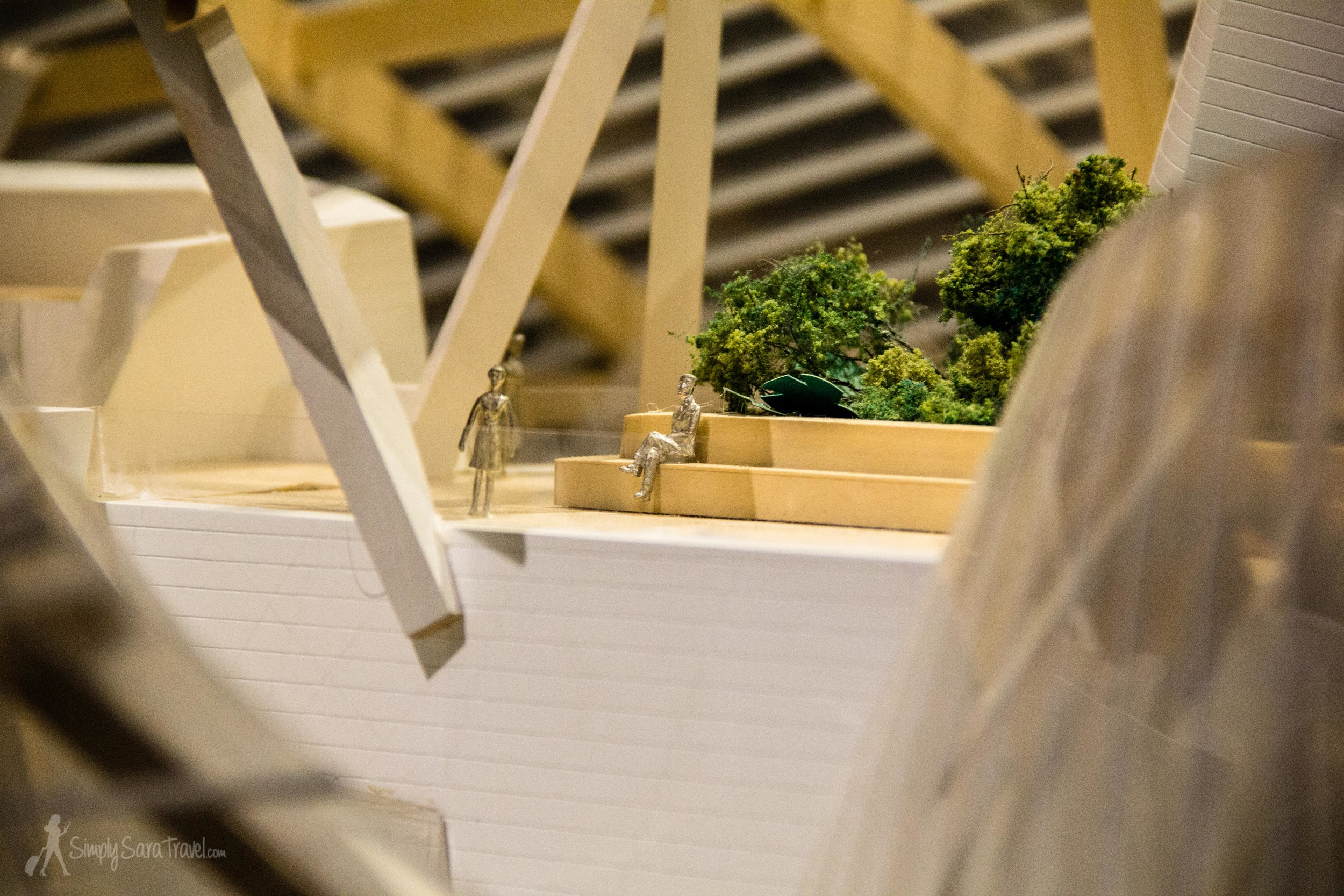Here's some details from the model that reflects howthe building looks today.