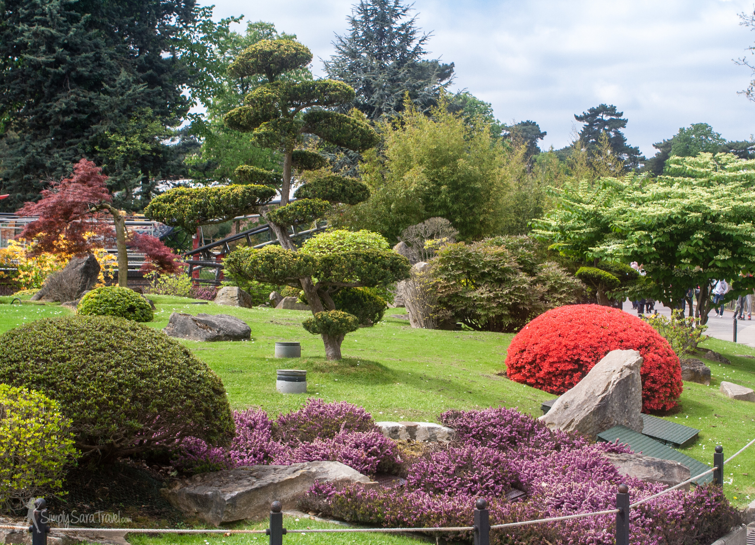 Gardens ofJardin d'Acclimation, Paris, France