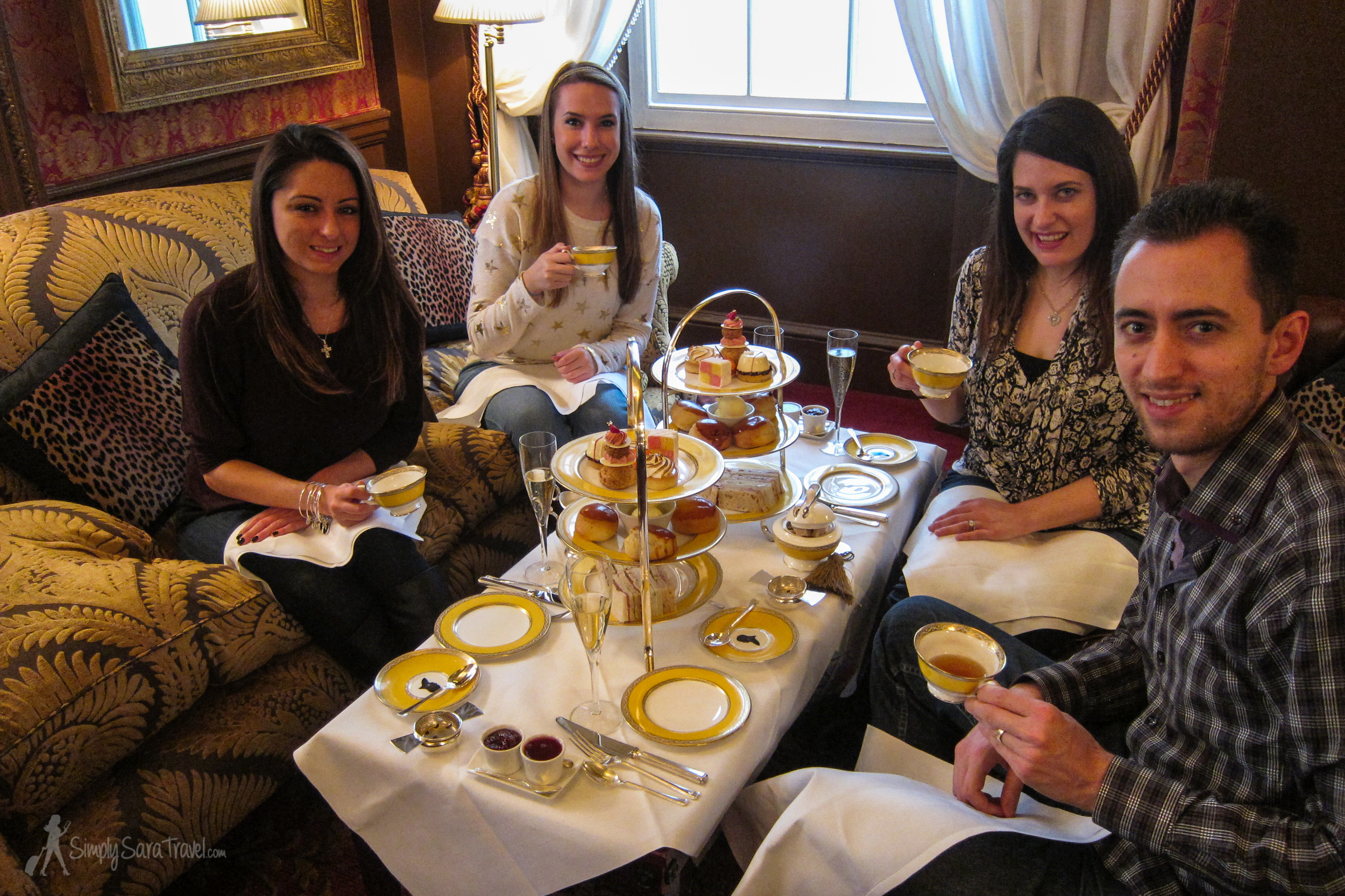 Afternoon tea for a bit of English luxury