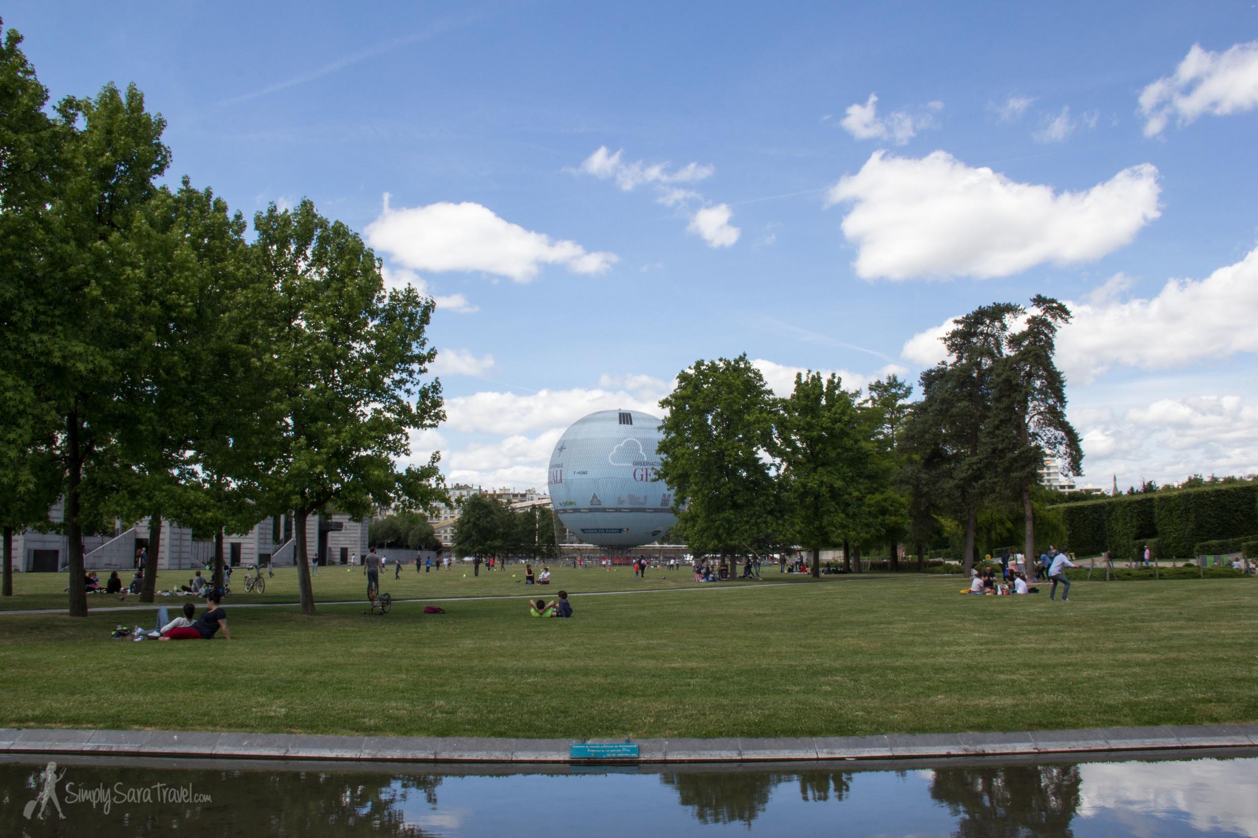 Lawn of Parc Andre Citroen, Paris, France, Ballon de Paris