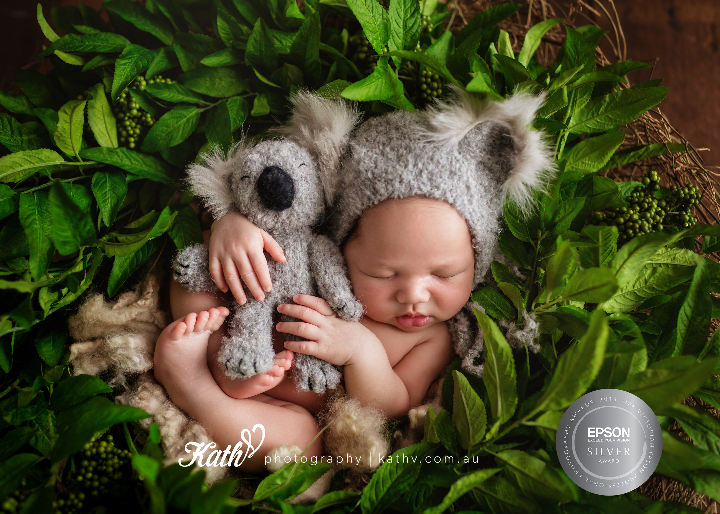 Melbourne Newborn Photographer | Kath V. Photography
