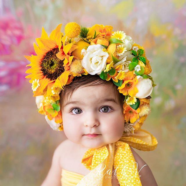 Penelope ❤️ Bonnet - @littledreamsny  www.kathv.com.au kath@kathv.com.au #kathvphotography #newborn #newborns #newbornphotography #melbournenewbornphotographer #melbournenewbornphotography #newbornphotographymelbourne #baby #babies #babyphotography #melbournebabyphotography #melbournebabyphotographer #babyphotographymelbourne #babyphotographermelbourne #sittersessions #kathvsignaturefloralbonnet #floralbonnet #kathvworkshop #teachingvideos #sitters #inspired_by_colour #babiesofinstagram #justbaby #bestnewbornphotographer