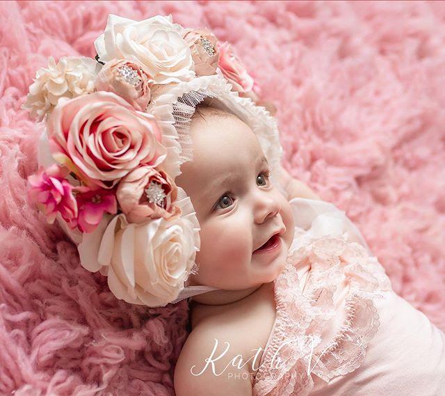 Gorgeous Lumi from my New Jersey Workshop ❤️ @tiffanypinerostyle  Bonnet - @bellethreads  www.kathv.com.au kath@kathv.com.au #kathvphotography #newborn #newborns #newbornphotography #melbournenewbornphotographer #melbournenewbornphotography #newbornphotographymelbourne #baby #babies #babyphotography #melbournebabyphotography #melbournebabyphotographer #babyphotographymelbourne #babyphotographermelbourne #sittersessions #kathvsignaturefloralbonnet #floralbonnet #kathvworkshop #teachingvideos #sitters #inspired_by_colour #babiesofinstagram #justbaby #bestnewbornphotographer