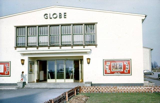 The Globe Theatre in Hemer; we could have had a future in comedy Ronnie.........