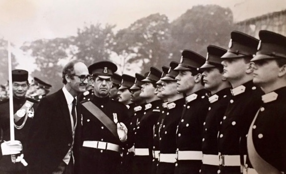 Eddie & I being questioned by John Knott, the then Defence Secretary (1982)